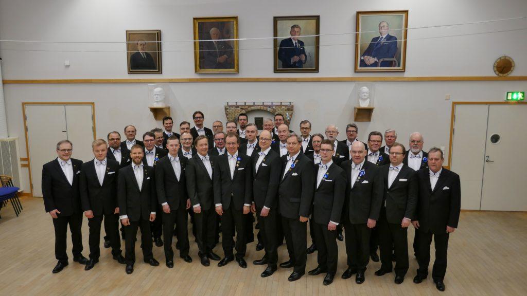 Porin Mies-Laulu yhteiskuva 11.2.2019 (Kuva Timo Haapala)